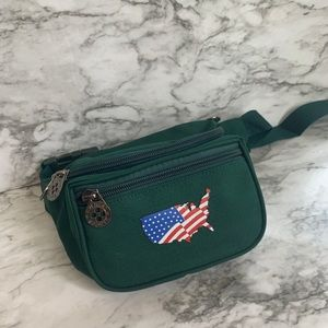 Handbags - Vintage USA forest green fanny pack